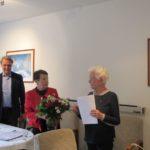 Herr Wolschon und Frau Lowack übermitteln die Glückwünsche des Ortsvereins