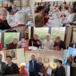 AWO Mitglieder im Gespräch und hrung von Frau Bärbel Schenk zur 25-jährigen AWO Mitgliedschaft